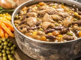 Chicken with beans and vegetables [Adventure Menu]