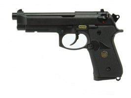 M9 A1 , black, fullmetal, blowback. CO2 - UNFUNCTIONAL SAFETY LEVER