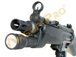 MP5 handguard with light [Well]